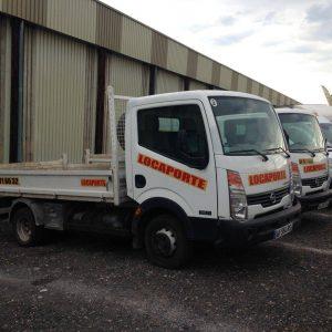 camion benne – transport – 3T5 – Nissan (2)