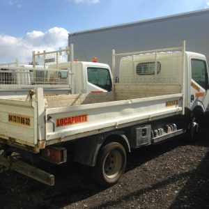 camion benne – transport – 3T5 – nissan